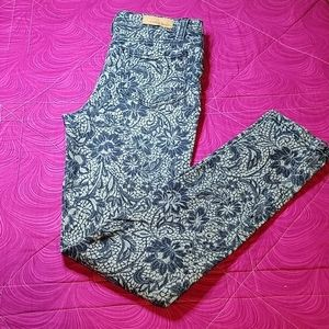 ✔ 5 for $25 Code Bleu jeans size 6